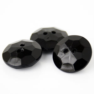 #0012 Round 2 hole facet button 18mm