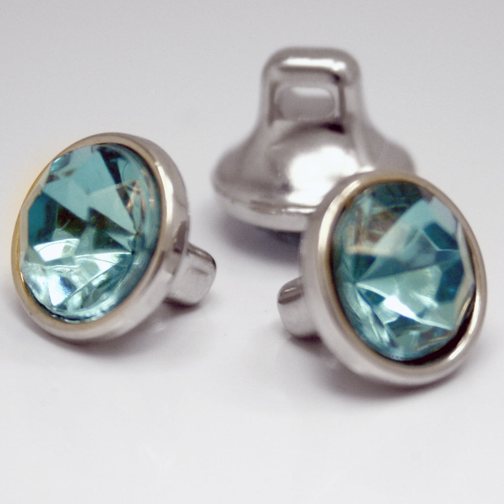 #0112 Round blue diamonte shank button 10mm