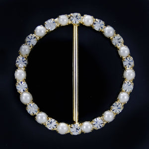 #0238 Round pearl with crystals buckle 34mm