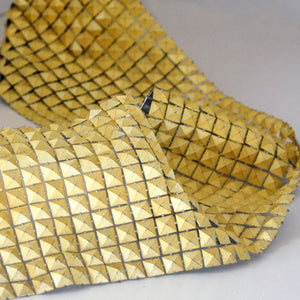 Pyramid trim gold 100mm