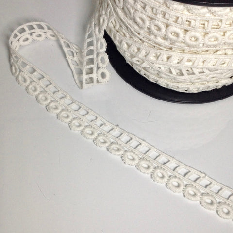#CLH0177 Cotton Asymmetric Circle & Square Edge Lace Trim Tape White 25mm $6.00/mt