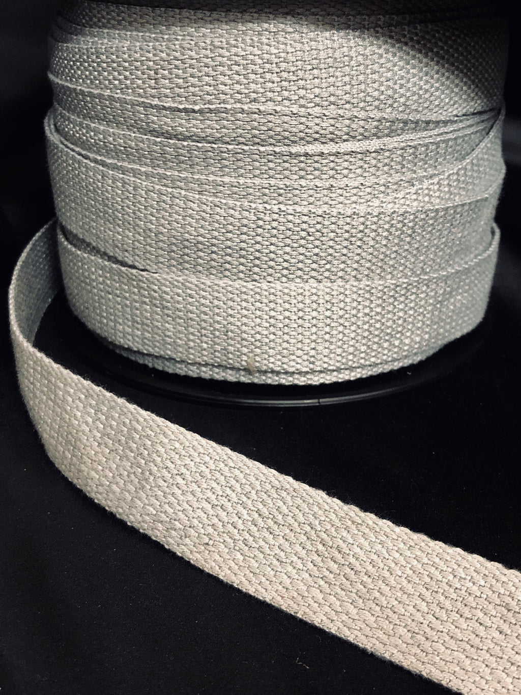 25mm Webbing Marle Grey
