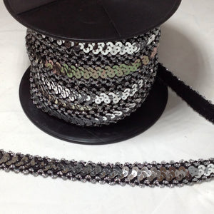 LT100 Stretch Lurex and Sequin Trim