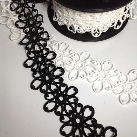 #YT204593 Single Rococo Lace Trim Black or White 55mm