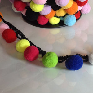 FANCY POM POM TRIM- Large