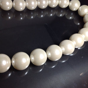 Large Pearls 30mm