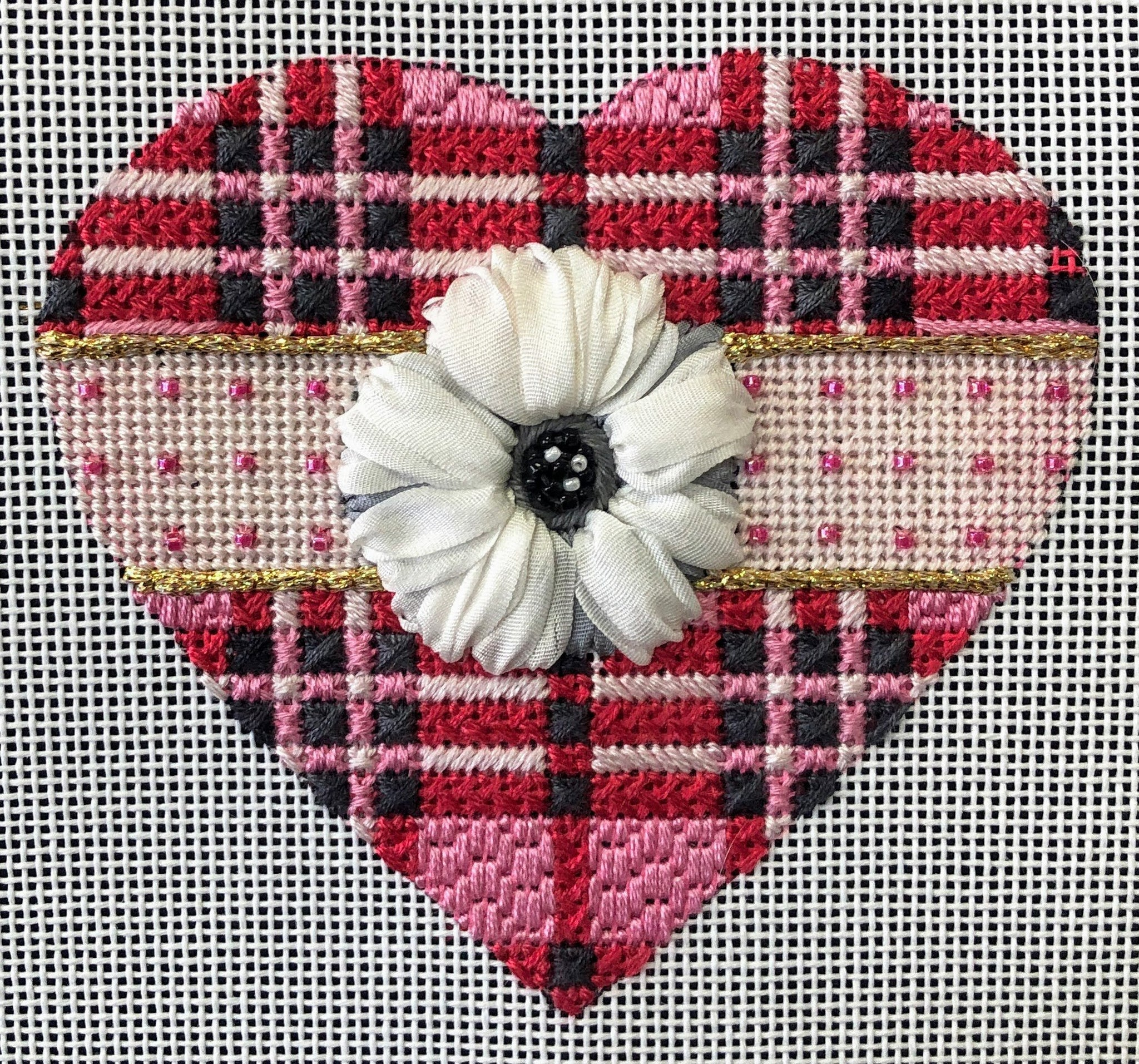 Pink Plaid Heart - Canvas and Stitch Guide