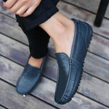 Luxury brand Spring Men Casual Shoe Fashion Peas Driving Male Shoes Adult Lazy Men Sneakers Slip on Loafers Men Walking Footwear