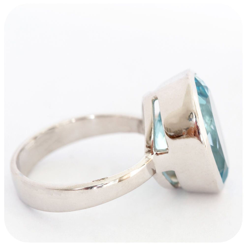 Sparkling Sky Blue Topaz Oval Cut Ring Crafted in Solid 925 Sterling Silver - Victoria's Jewellery