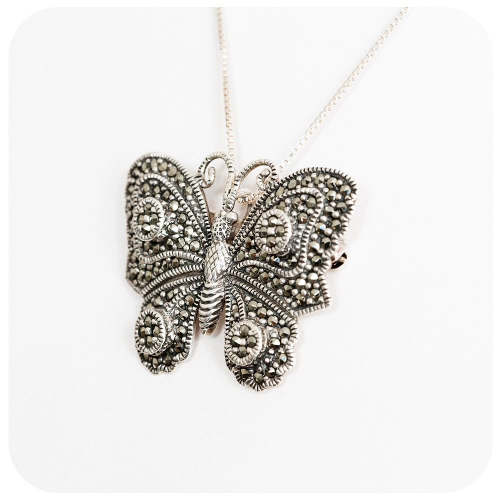 Beautiful Butterfly Brooch/Pendant in 925 Sterling Silver - Victoria's Jewellery