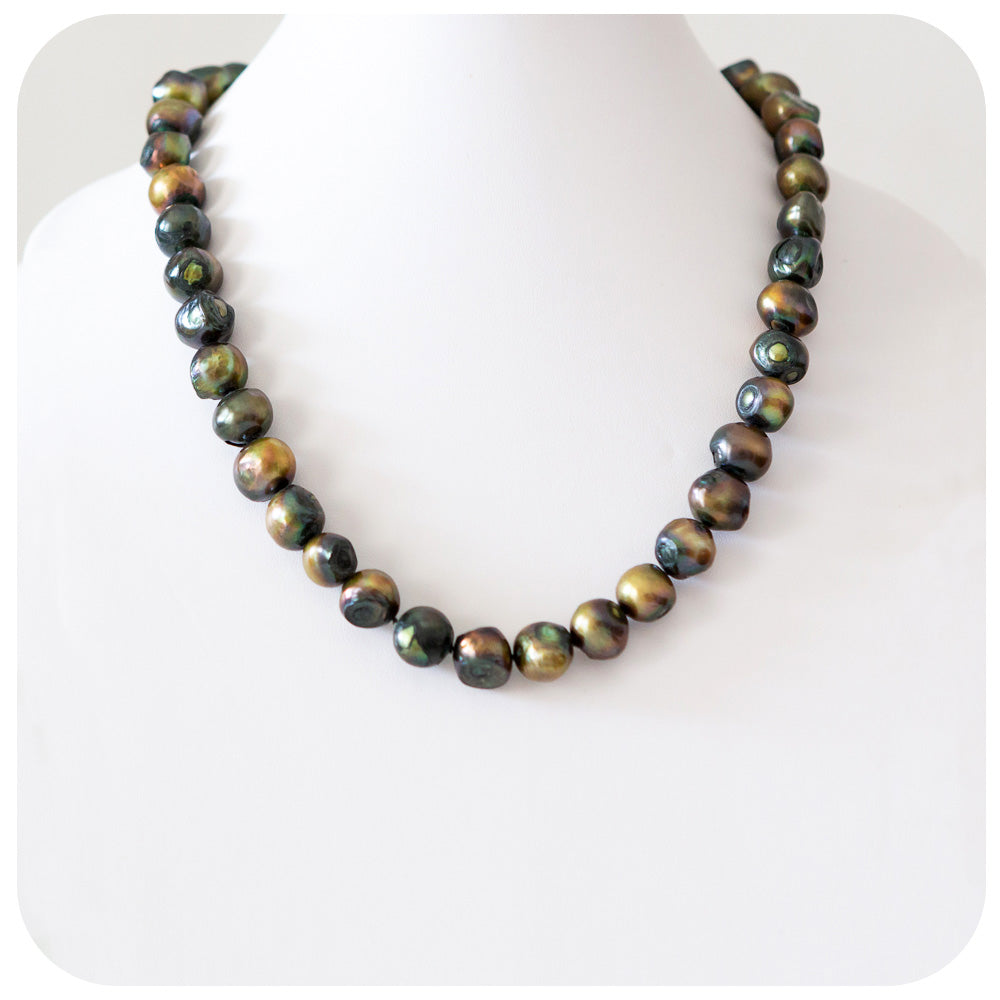 Forest Green Stone Fresh Water Pearl Necklace - 53cm