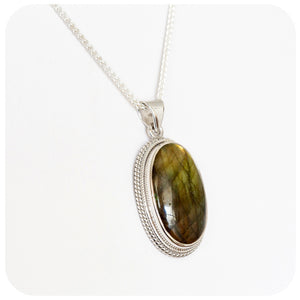 Stunning Oval Labradorite Pendant - 24x14mm - in 925 Sterling Silver - Victoria's Jewellery