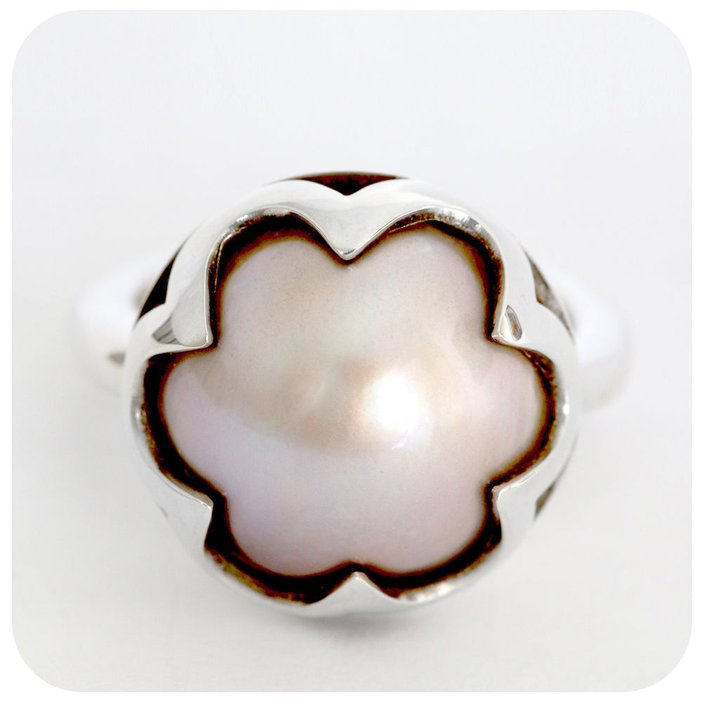 Harlequin Crown Champagne Colored Mabe Pearl Ring Handmade in Solid 925 Sterling Silver - Victoria's Jewellery