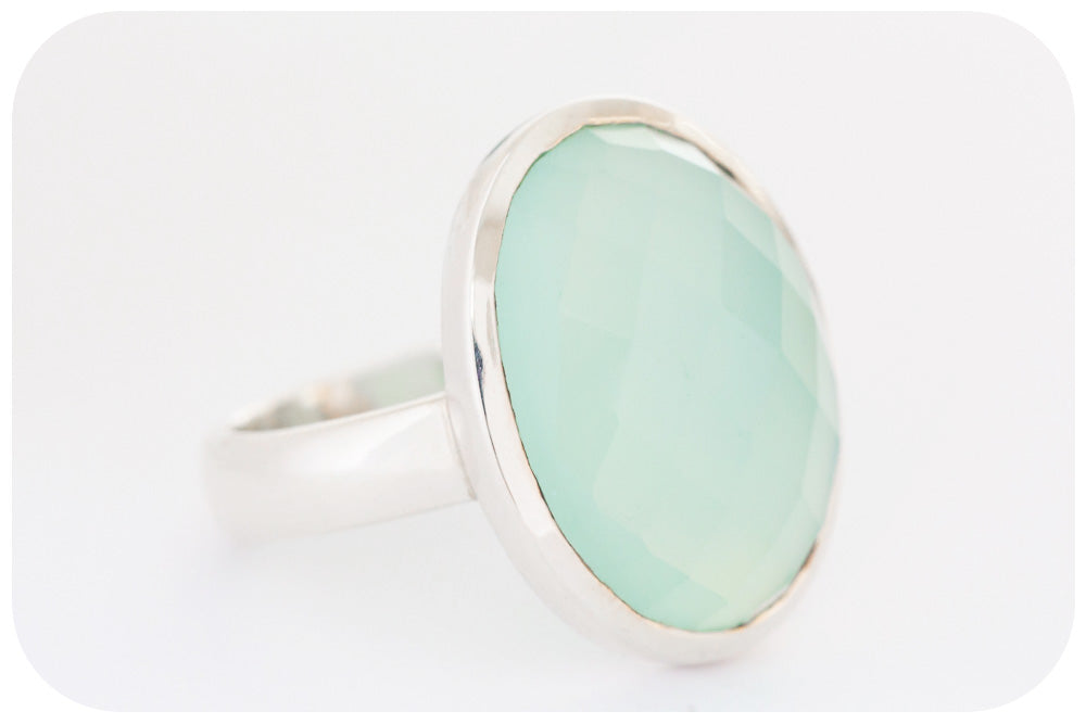 Oval cut Chalcedony with Checkerboard finish in Sterling Silver