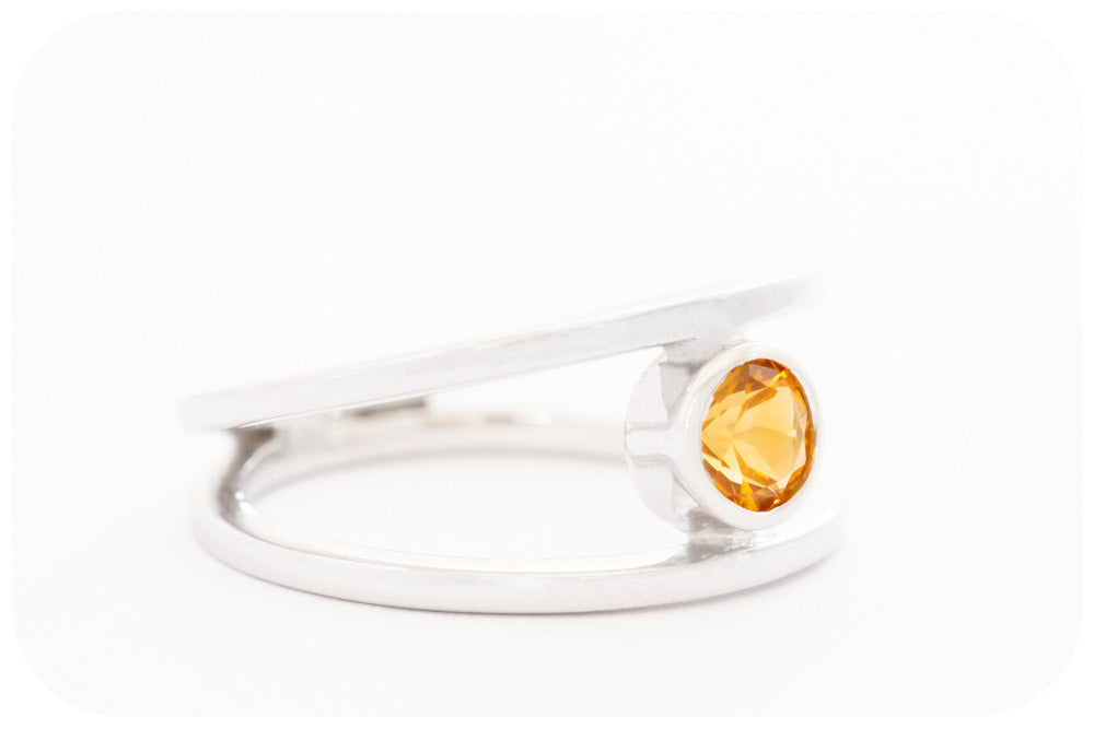 Round cut Citrine Split Band Ring in Sterling Silver