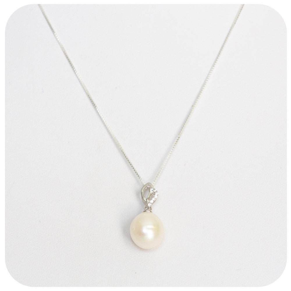 White Fresh Water Pearl Pendant in Sterling Silver