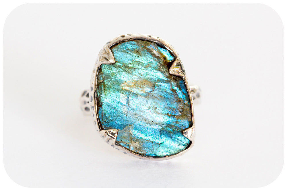 Rough Cut Hand Made Labradorite Ring in 925 Sterling Silver - Victoria's Jewellery