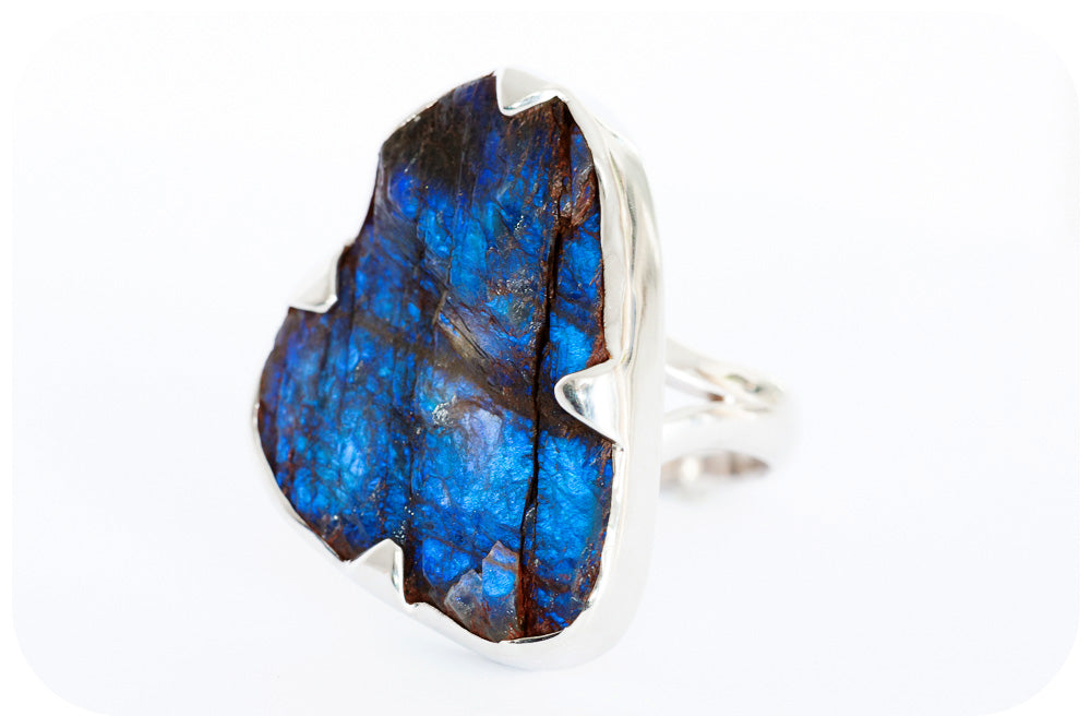 Ice Blu Rough Cut 25 carat Labradorite Ring, Hand Made in 925 Sterling Silver - Victoria's Jewellery