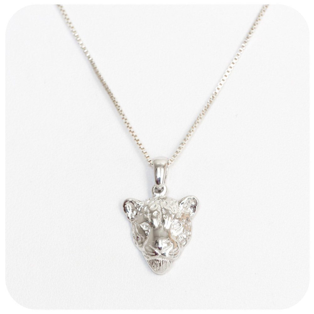 Incredibly Detailed Leopard Head Pendant in Sterling Silver