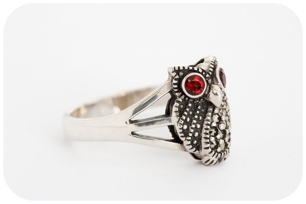 Marcasite Owl Ring in 925 Sterling Silver with radiant Garnet Eyes - Victoria's Jewellery