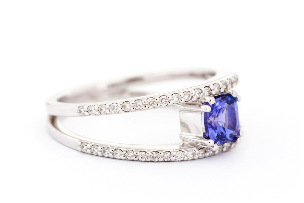 Cushion cut Tanzanite and Diamond Split Band Ring in White Gold