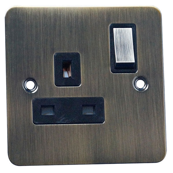 1 Gang 13A Switched Socket Flat Plate
