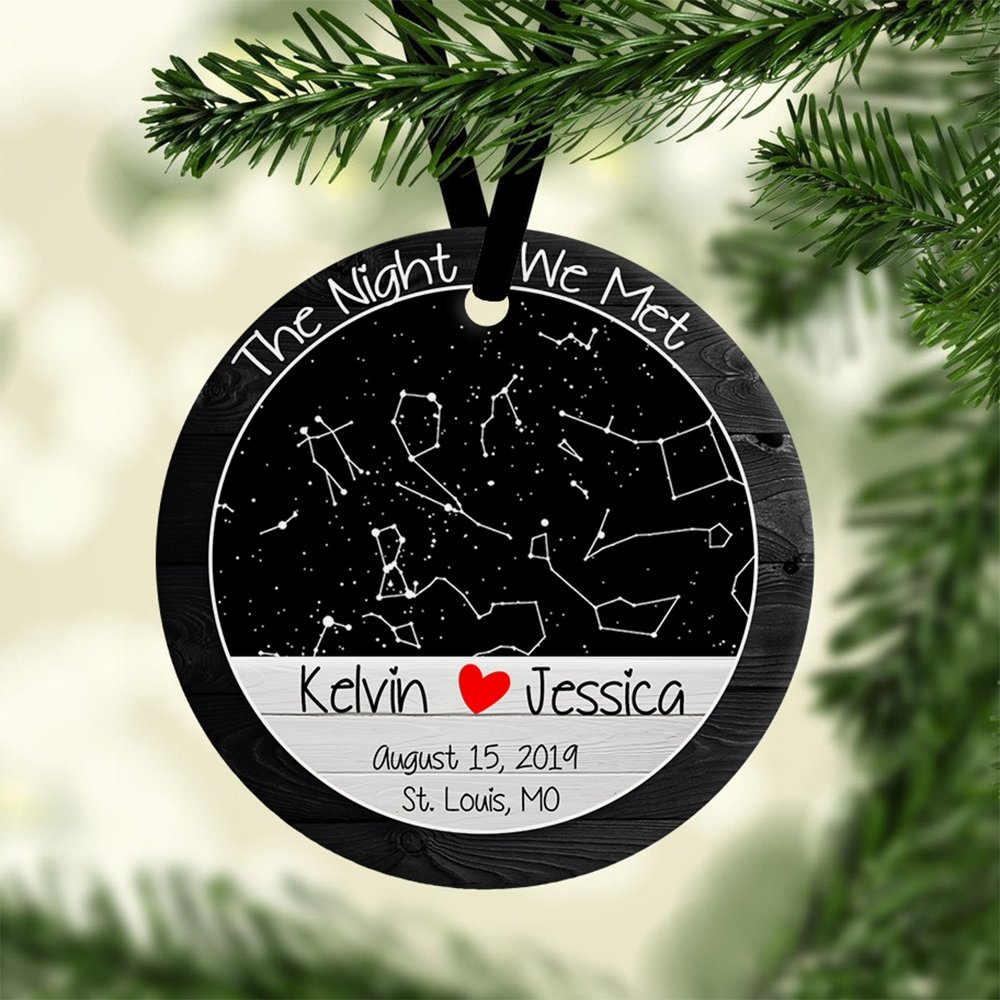 Both of you like decorating, so preparing a gift of personalized couples ornament. The ornament with a star map depicting the stars in the beautiful night sky over your chosen location and date, combining with your names and messages for a personal touch, would be very special. You can hang it somewhere or keep it as a keepsake to revisit your special moment anytime you like.