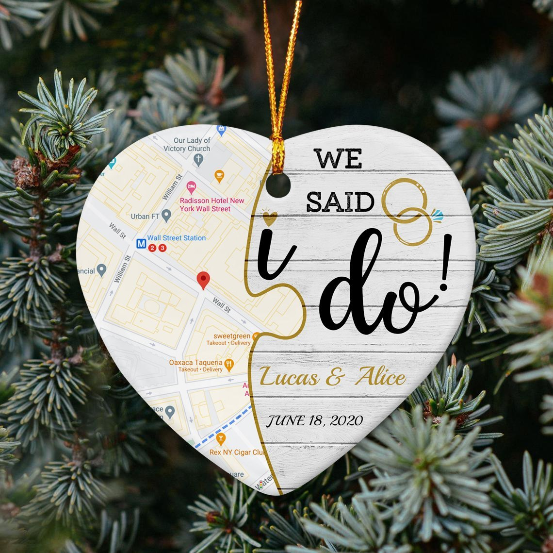 Just put your wedding date, location, and names, you can create your own love ornament in the vintage style for the special anniversary preparation. This custom map ornament will recall the happily precious wedding moment, making your partner touching and fluttering.