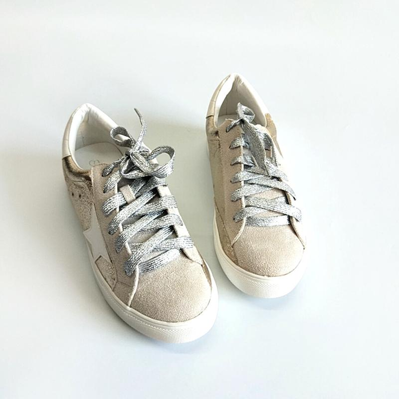 Fashion Women Round Toe Sneaker