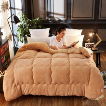 Load image into Gallery viewer, Thicken Shearling Blanket Winter Soft Warm Bed Quilt for Bedding Twin Full Queen King Size
