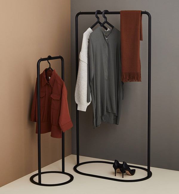 WOUD Tøjstativ, O&O Clothes Rack, Lille, Sort - 41x41,5xH117