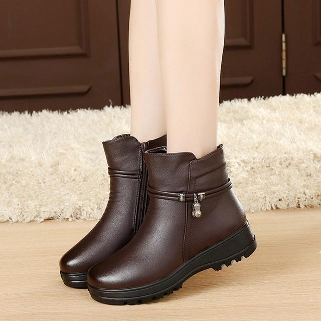 Fashion Winter Shoes Women's Genuine Leather Ankle Flat Boots Casual Comfortable Warm Woman Snow Boots Free shipping