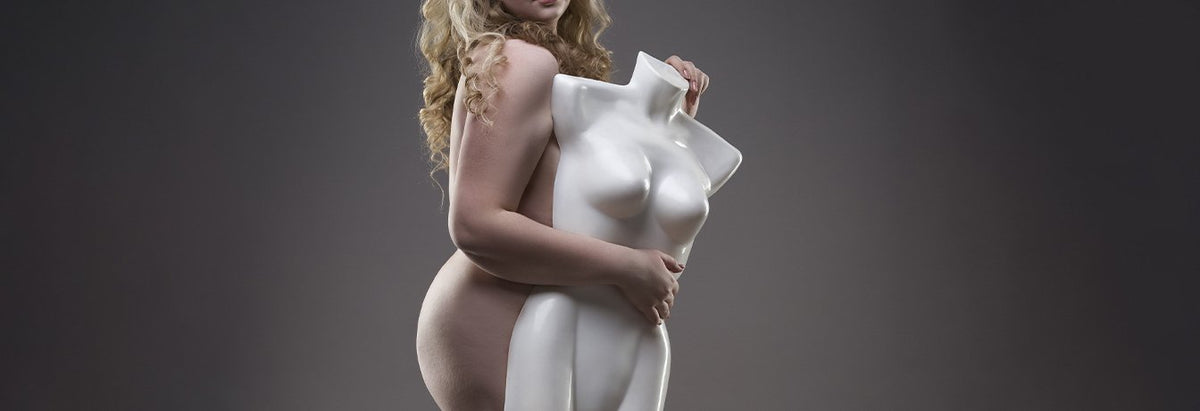 Are Curvy Mannequins Promoting Obesity?