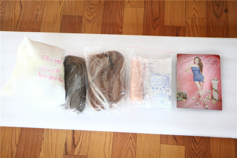 Irontech Doll Verpackung