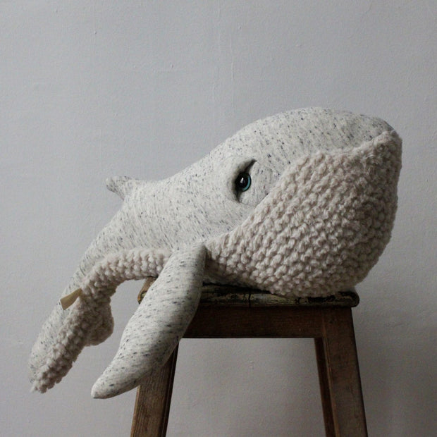 Big Stuffed 'Small Original Whale' Kuscheltier