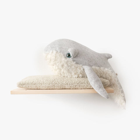 Big Stuffed 'Small Grandpa Whale' Kuscheltier