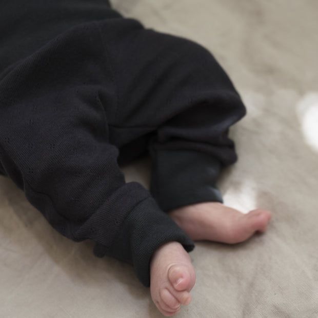 Newborn Leggings in charcoal