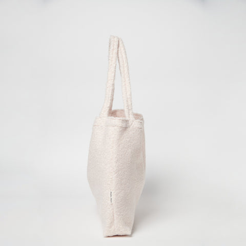 Studio Noos Mombag 'Bouclé' in off-white