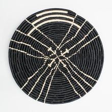 Load image into Gallery viewer, SANAA RAFFIA PLATE II
