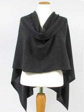 Alashan Cashmere Claudia Nicole Poncho in Charcoal