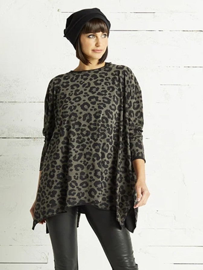 Planet Crew Swing T in Leopard