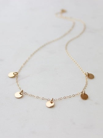 Hello Adorn Quinate Necklace