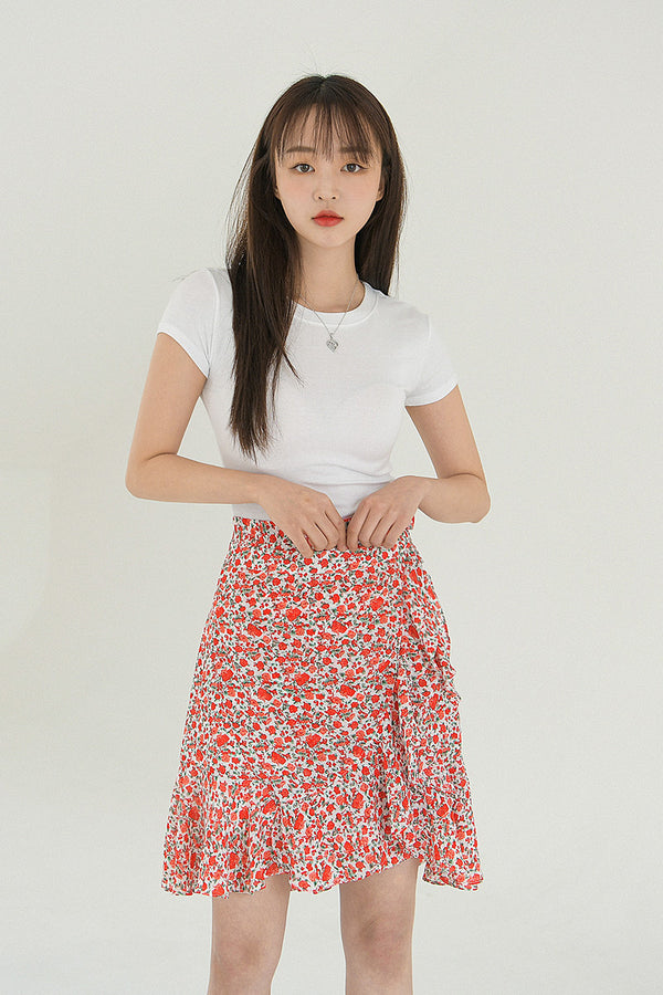 Floral Ruffle Edge Short Skirt