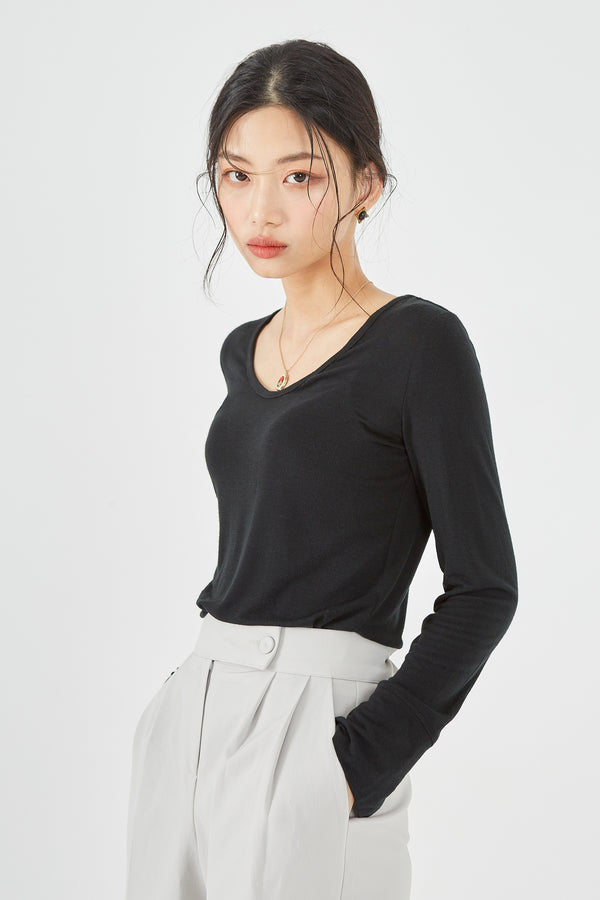 Long-Sleeve V-Neck Fitted Sweater