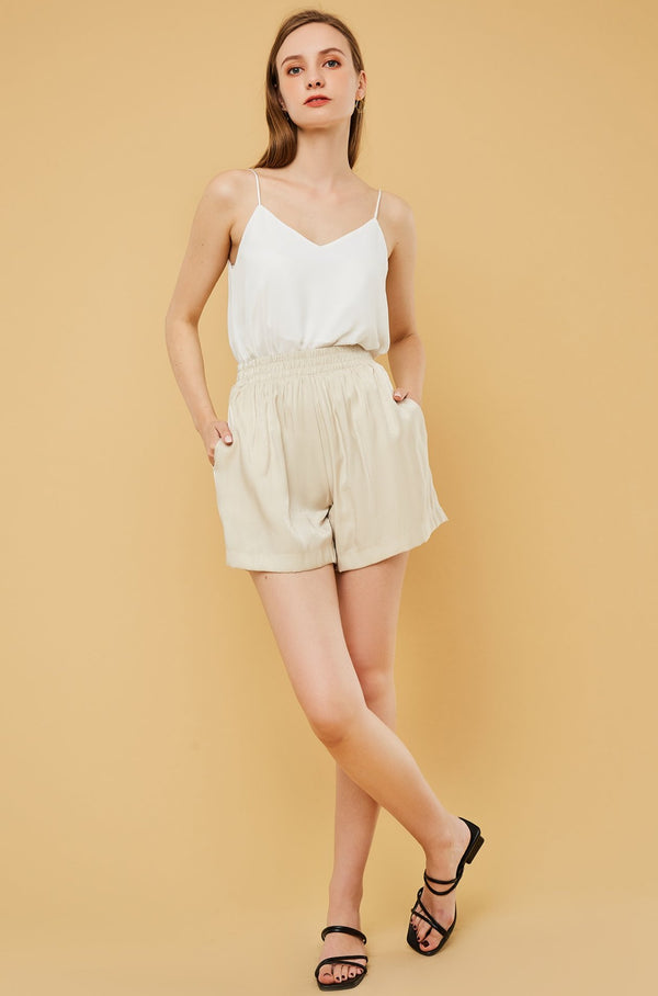 Elastic Waist Pleated Shorts
