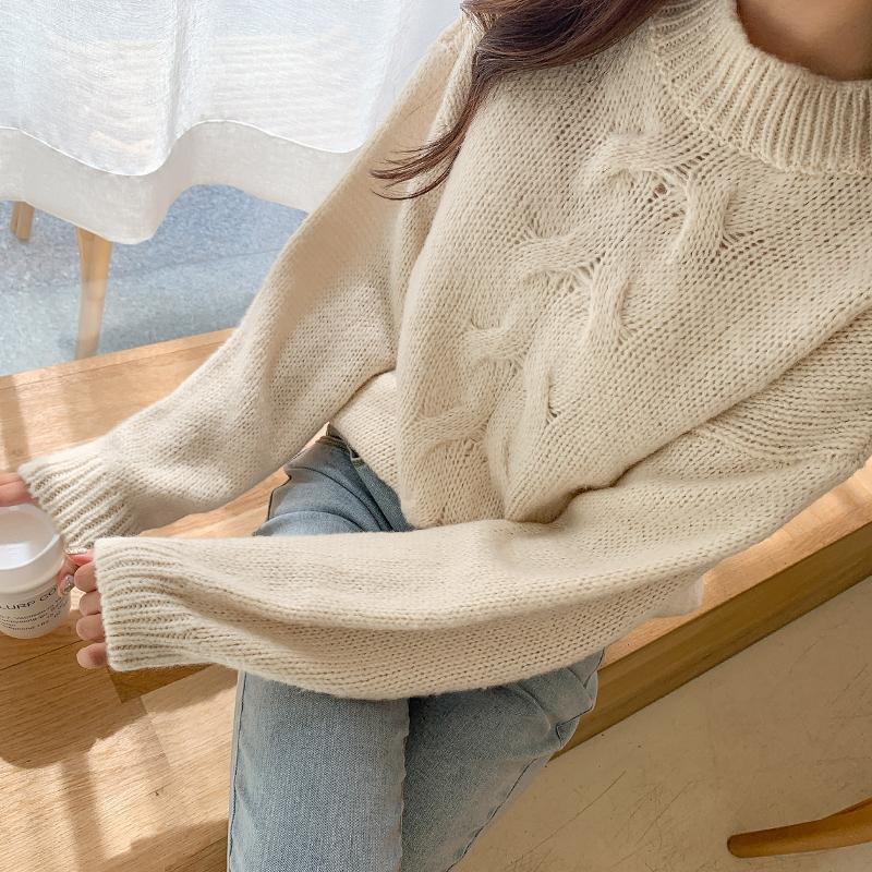 Spiral Twist Cable Knit Sweater