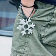 Load image into Gallery viewer, Snowflake Keychain Multi-Tool - Smart Explore