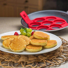 Load image into Gallery viewer, Breakfast Maker Flip Cooker