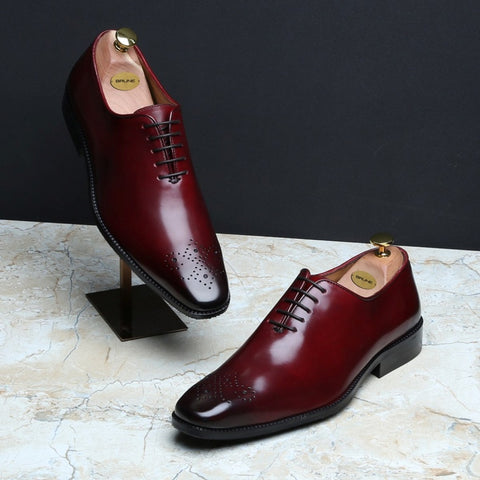 WINE BURNISHED LEATHER MEDALLION TOE WHOLE CUTONE PIECE OXFORD SHOES BY BRUNE