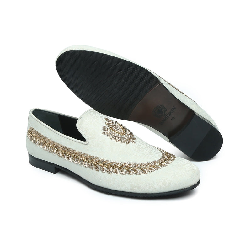 BARESKIN  IVORY HAND ZARDOZI SLIPON WITH STEM DESIGN